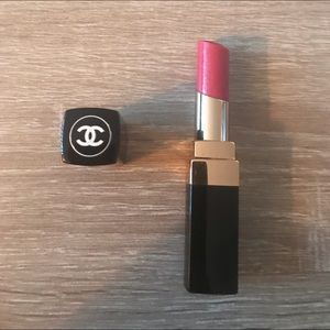 NWOT💄CHANEL Rouge Coco Shine Étoudie 98💄